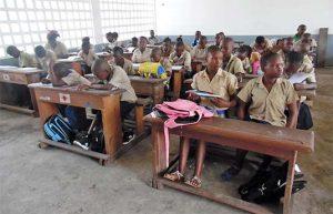 Les élèves du Cm1 de l'école fleuve Congo.