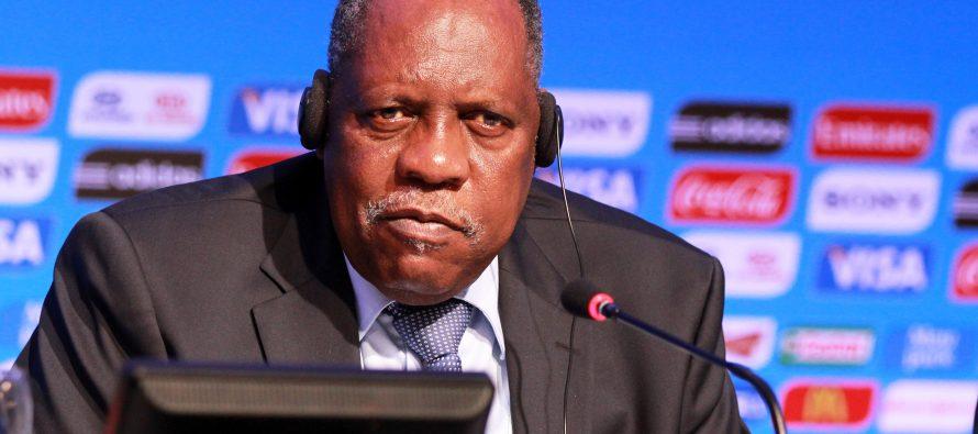 Issa Hayatou «réfléchit» à un 8e mandat à la tête de la Confédération africaine
