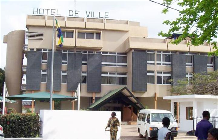 mairie-de-port-gentil1