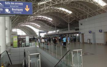 Fatigué de l'Afrique :Visa en poche,un congolais se rend à l'aéroport à 10h pour un vol prévu à 22h