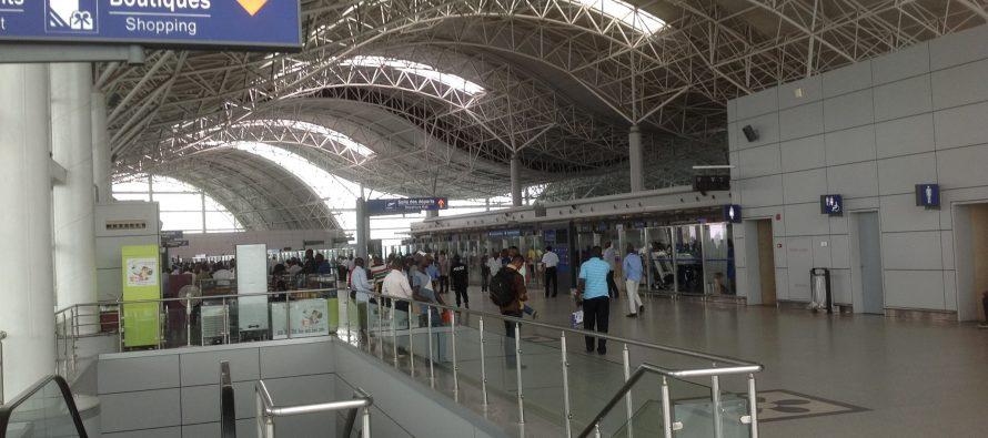 Aéroport de Brazzaville: les coûts aéroportuaires et la qualité des services décriés