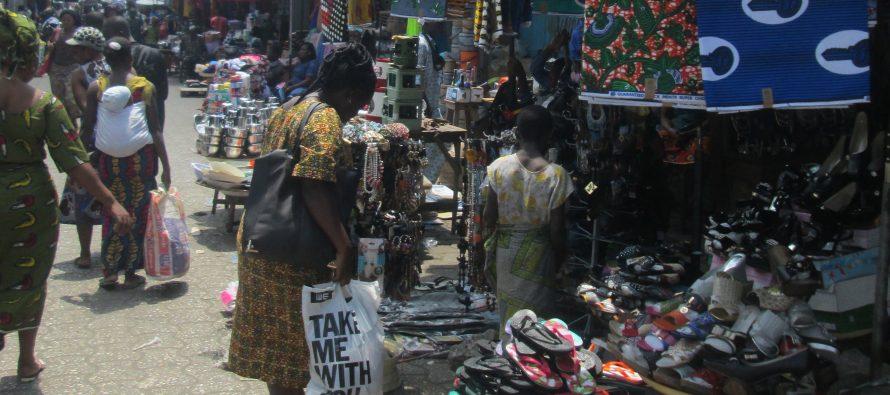 Fête de fin d'année : des femmes achètent des grigris «pour avoir garçon»