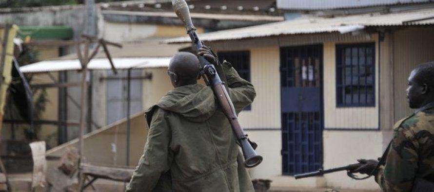 Côte d'Ivoire: Des soldats en colère circulent dans Bouaké en tirant en l'air