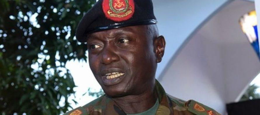 Gambie : le chef d'état-major de l'armée annonce son soutien à Jammeh