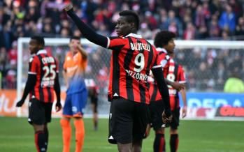 L'attaquant italien de Nice, Mario Balotelli : Le racisme est-il légal en France ?
