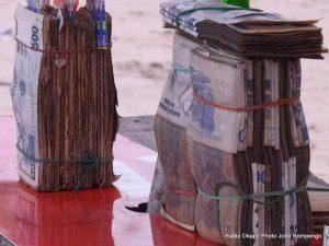 Des francs congolais. Radio Okapi/ Ph. John Bompengo