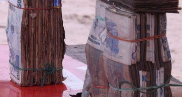 EN Images : Les billets de banque parti de Kinshasa, saisi à Brazzaville par la douane Congolaise