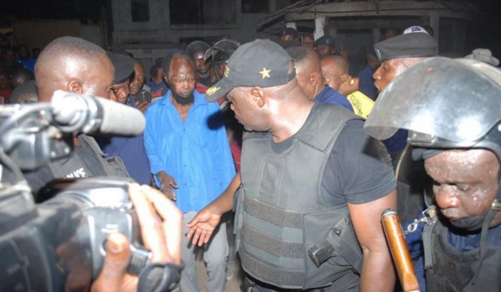 l'Arrestation de Ne Muanda Nsemi par la police congolaise