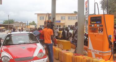 VIDÉO – Congo : Pénurie de carburant à Dolisie dans le département du Niari