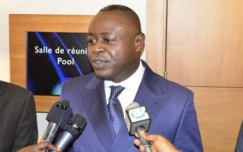 Congo – Téléphonie mobile : Le ministre Ibombo remonte les bretelles des opérateurs