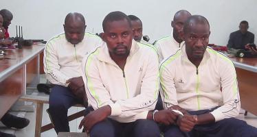 Congo : cinq faux militaires présentés à la presse
