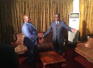 Alain Akouala Atipault, l'ambassadeur de l'Afrique du Sud au Congo, Richard Baloyi