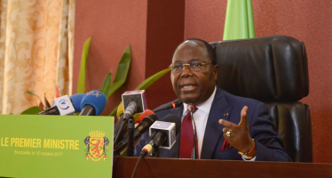 Congo – Harcèlement fiscal: Le Premier ministre Clément Mouamba solidaire des commerçants et vendeurs