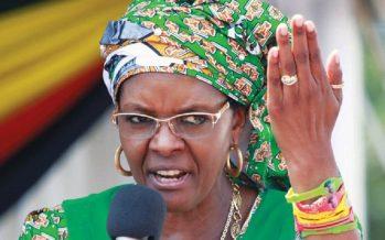 Zimbabwe: quatre personnes comparaissent pour avoir hué Grace Mugabe