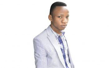 Restra Poaty, fondateur du 1er site et  magazine congolais des Tic au Congo