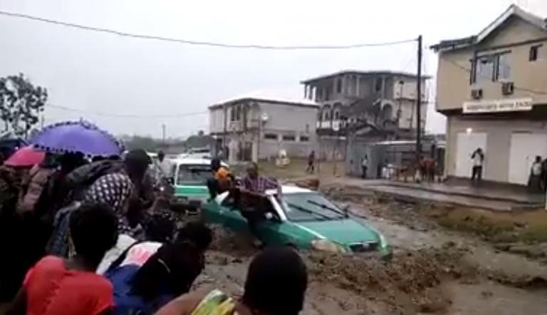 Une pluie diluvienne cause des inondations à Brazzaville