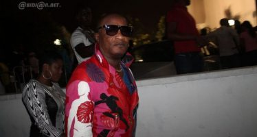 Koffi Olomidé en concert à Abidjan : des ivoiriens s'opposent