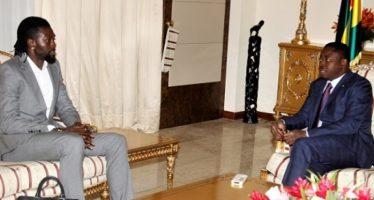 """Togo – Emmanuel Adébayor : """"si Faure part, ceux qui n'ont pas de boulot en trouveront-ils plus facilement ?"""""""