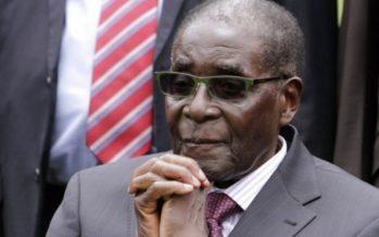 Coup de force au Zimbabwe: les militaires s'emparent du pouvoir et le président Mugabe en prison