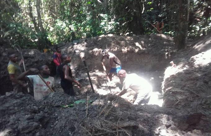 Congo - Exploitation artisanale de l'or : Les jeunes de Mayoko dedans !