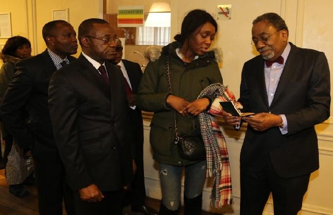 l'ambassadeur du Congo en France, Rodolphe Adada