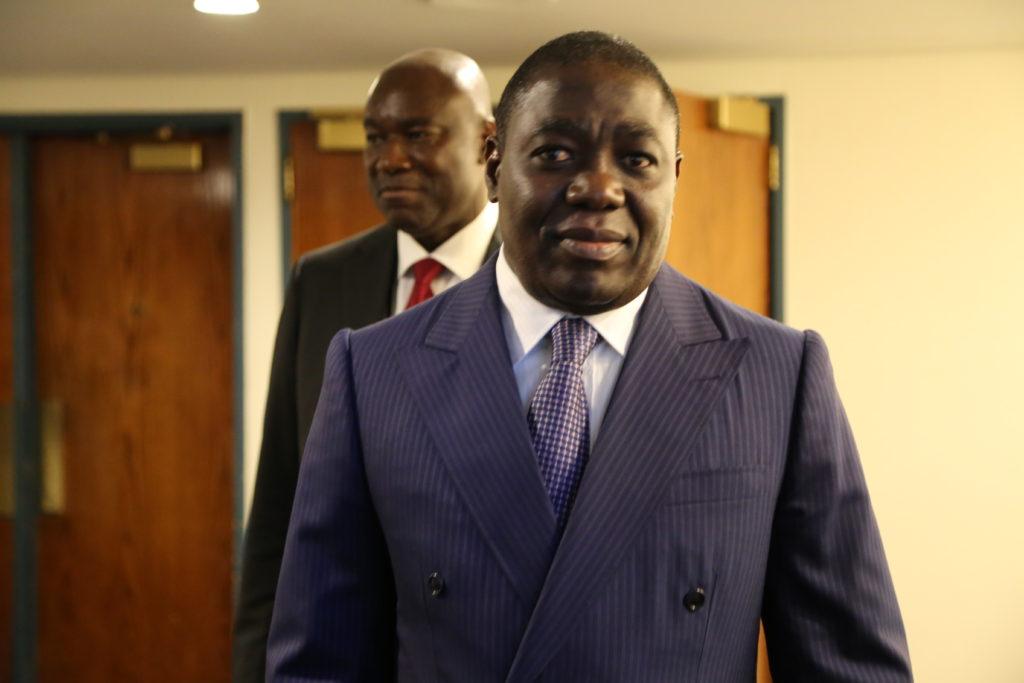 le ministre Gilbert Ondongo