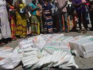 Congo : Des vendeurs de sachets en plastique arrêtés par la police