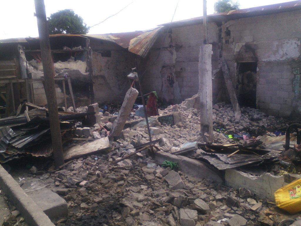 Incendie au marché total : boutiques, dépôts et un appartement consumés