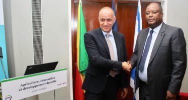 Station fruitière de Loudima : Eco-Oil et Rivulis signent leur premier contrat