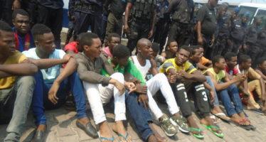 Congo – Affaire Chacona : le gouvernement reconnaît le décès de treize détenus au commissariat de Mpila
