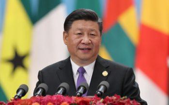 Le président chinois Xi Jinping annonce une aide financière de 60 milliards de dollars pour l'Afrique.