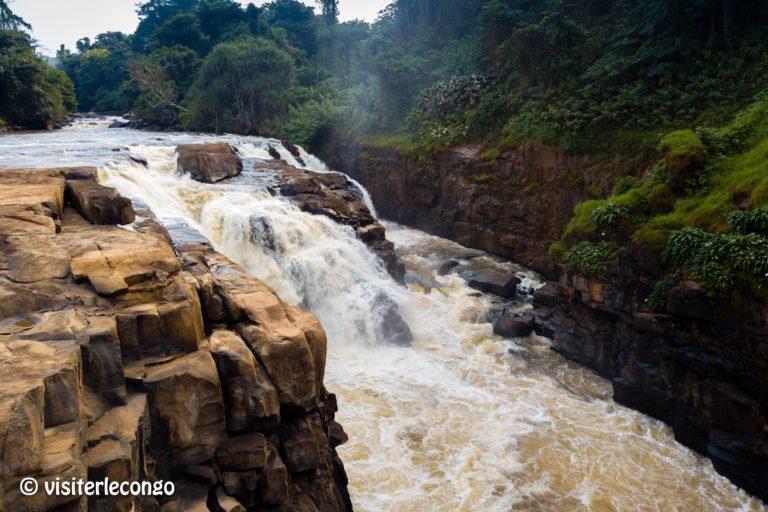 Congo : Les chutes de Loufoulakari attirent de plus en plus des touristes © Visiter le Congo - Août 2018