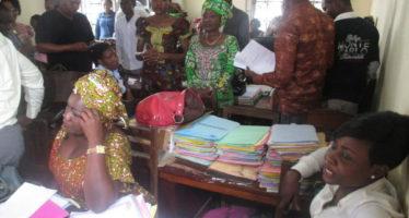 Congo – Lutte contre les antivaleurs : le gouvernement épingle des fonctionnaires non exemplaires