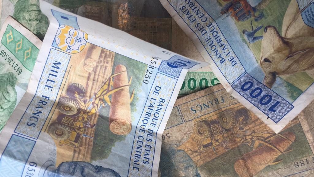 Des francs CFA