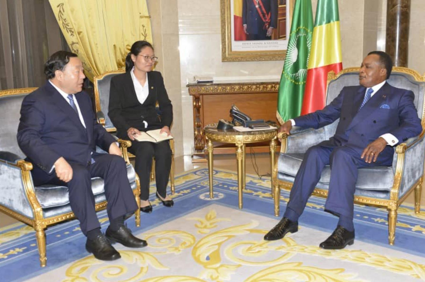 Denis Sassou N'guesso et Lui Zhenya