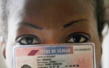 Paris : jalouse, elle balance sa sœur à la police et on lui retire son titre de séjour