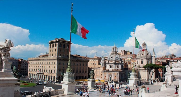 Piazza-Roma