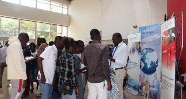 Au Congo Bolloré Transport & Logistics appuie l'orientation des études