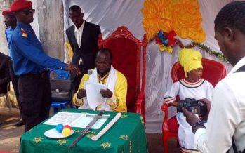 RDC – Ne Mwanda Nsemi s'autoproclame président de la République