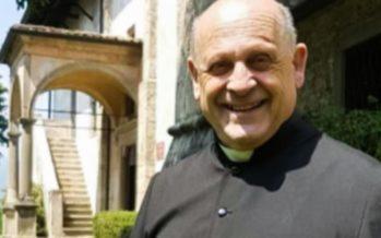Coronavirus : un prêtre italien meurt après avoir cédé son respirateur à un patient plus jeune