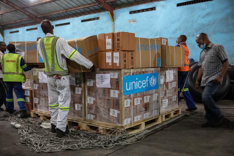 Livraison d'aides de l'UNICEF à la RD Congo